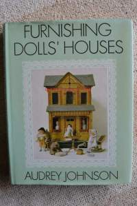 Furnishing Doll's Houses