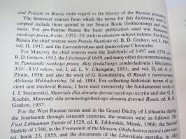Dictionary of Russian historical terms from the eleventh century to 1917 -historiallisten venäläisten termien selityssanakirja