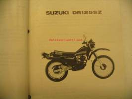 Suzuki DR125SZ parts catalogue varaosaluettelo